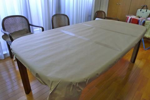 テーブル用傷防止非転写マットの型紙の取り方写真