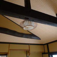お二階の天井の梁