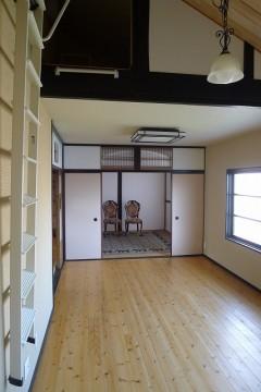 和室を洋間にロフト付のお部屋