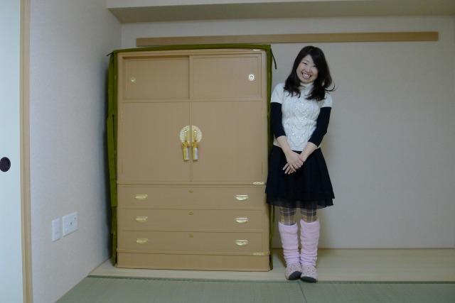 こだわりの大阪泉州桐箪笥とお嬢様
