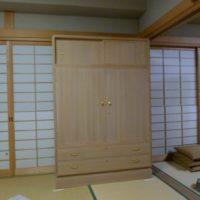 和室に設置した桐箪笥