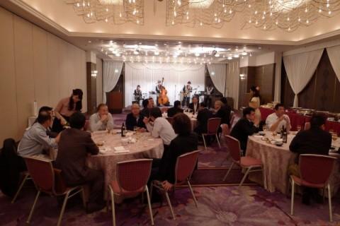 新阪急ホテル 2Fでの会食