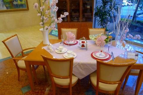 春のよそおいテーブルアレンジメント 2