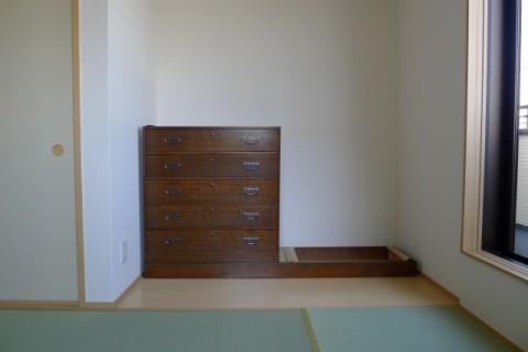 泉大津市のK様の箪笥を置くお部屋設置途中