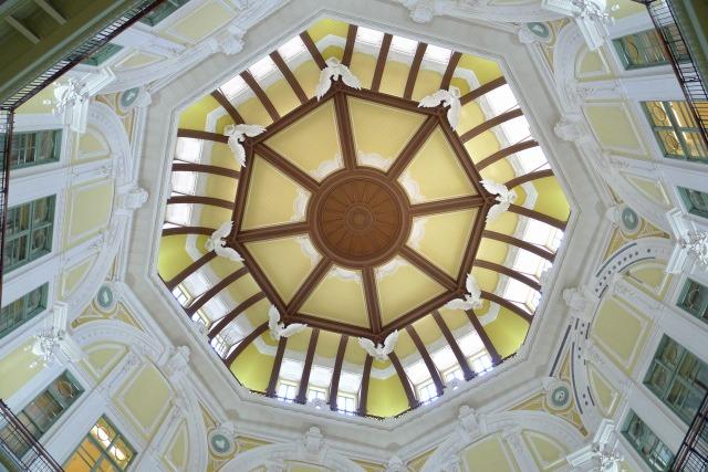 新しい 東京駅の天井