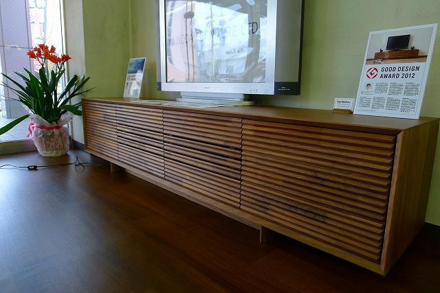 グッド デザイン賞受賞のQT7037XR-Aのソリッド(TV)ボードを展示しました。