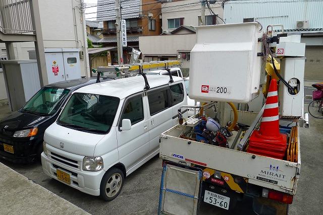 NTT光電話の工事車両