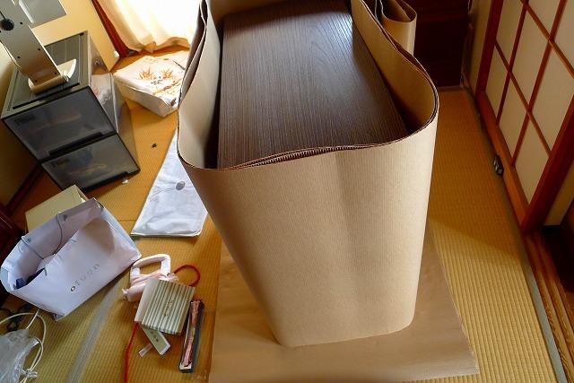 大阪泉州桐箪笥天丸焼桐柾目5段引出し桐たんすを梱包