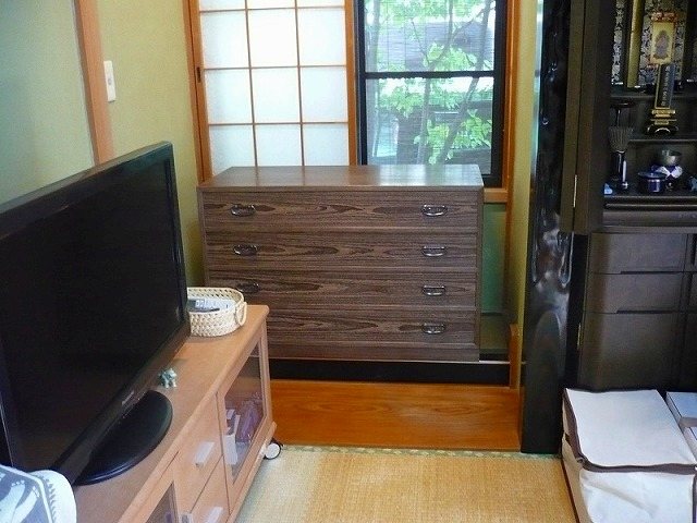 大阪泉州桐箪笥の焼桐4段衣装箪笥