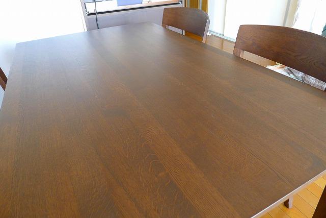 カリモクのDT8411Kダイニングテーブル