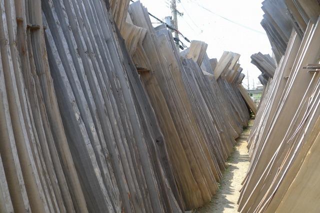 良く乾いている北米桐材