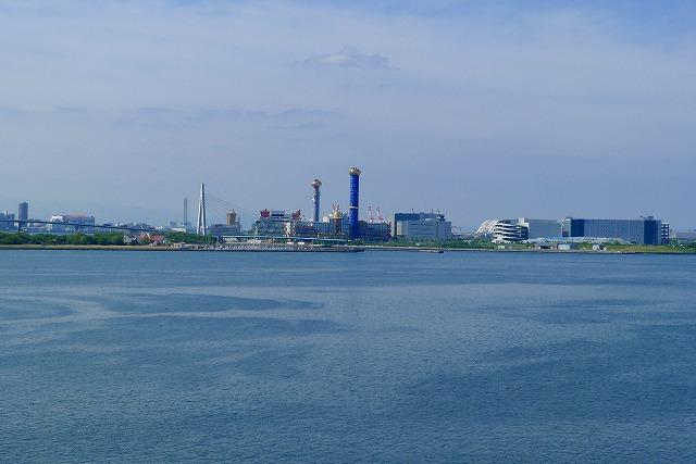 阪神高速 湾岸線の中島パーキングエリアの二階からの風景