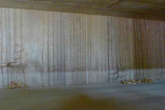 修理後の桐たんすのお写真 背板に入れ木