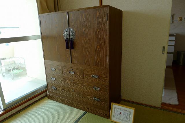 大阪泉州桐箪笥焼桐盆六衣装箪笥(三輪) 4