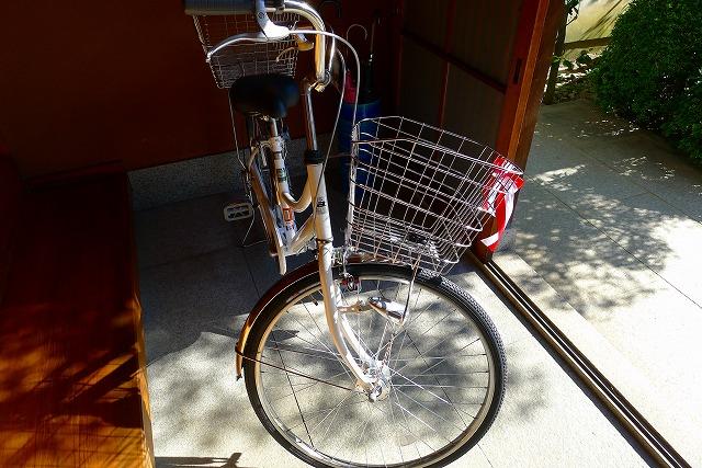 先方に運ばれる自転車