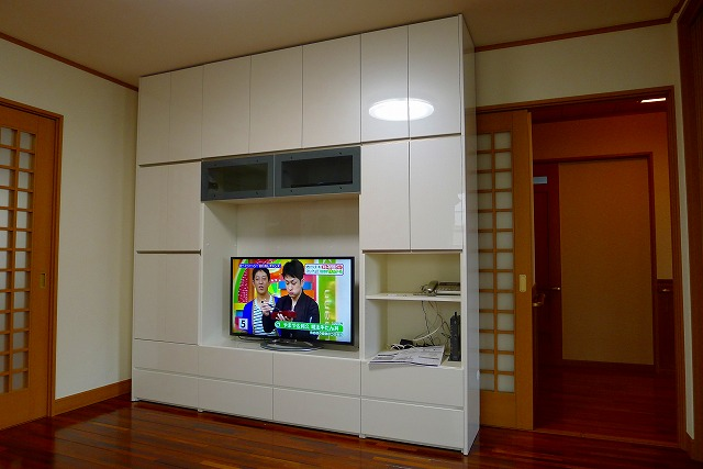 パモウナSWシリーズ パールホワイト色TV収納家具