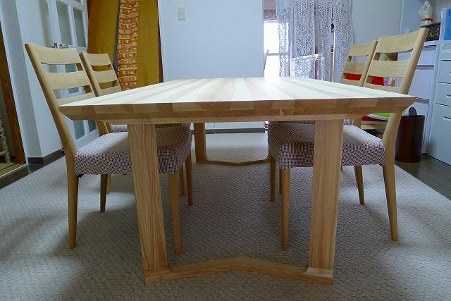 カリモク LDテーブル DU5660HE とCT6105 チェアー