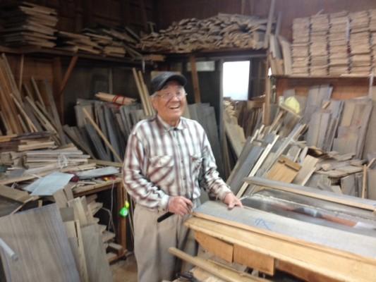 桐箪笥の伝統工芸士 粟田秀男氏