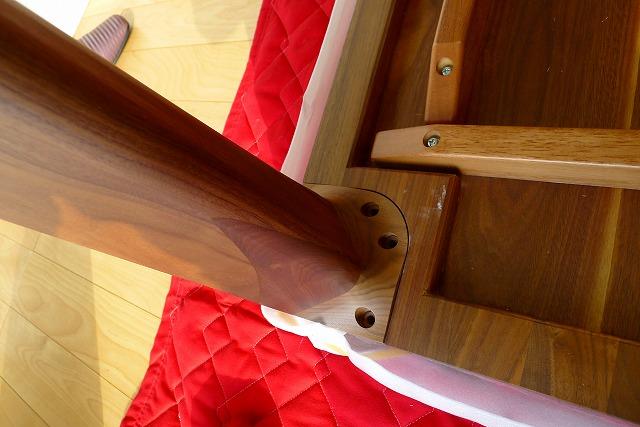 カリモクDD72303478テーブルの脚の取付