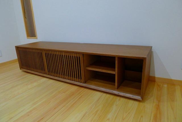 カリモクQU6067MH TVボードの内部