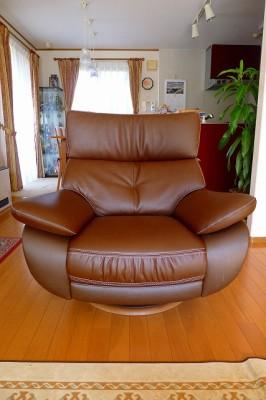 カリモク一人掛け回転椅子ZT6803H340