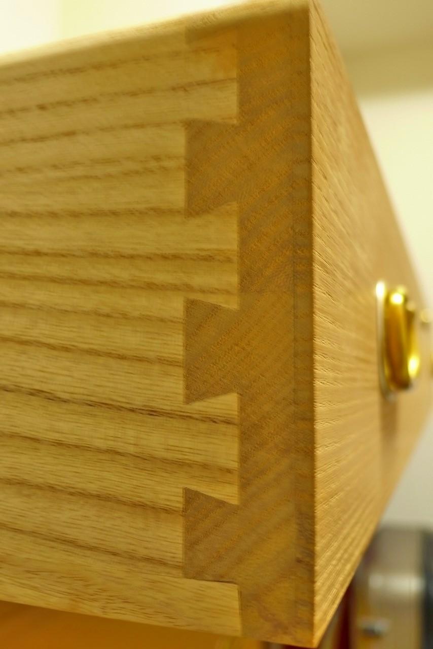 大阪泉州桐箪笥の天地丸小袖タンスの引出しの組手