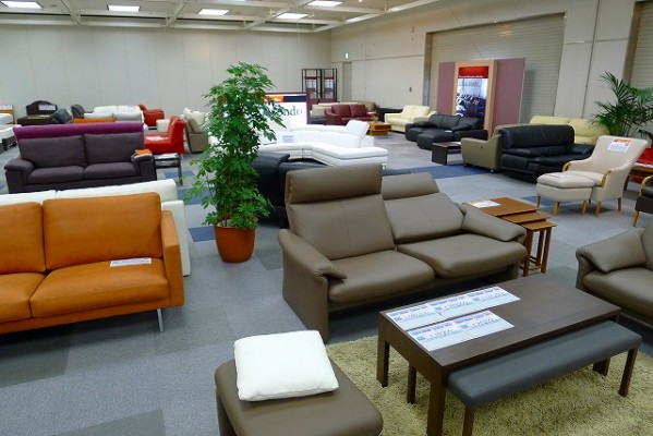 2014年フランスベッド新作展示会のソファーの写真