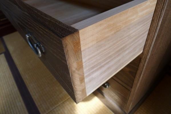 大阪泉州桐箪笥焼桐天丸型五段引出し箪笥の組手