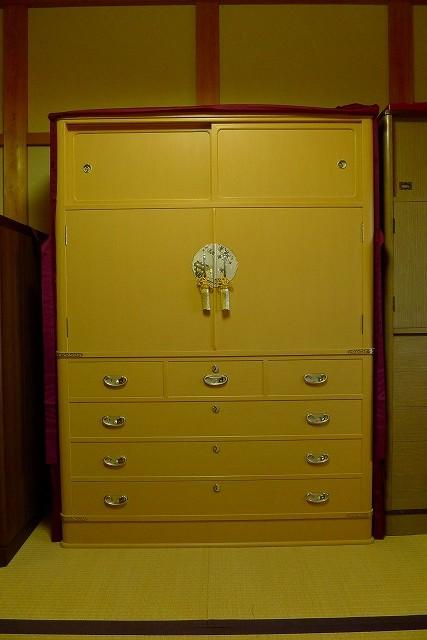 大阪泉州桐箪笥の胴丸衣装たんす