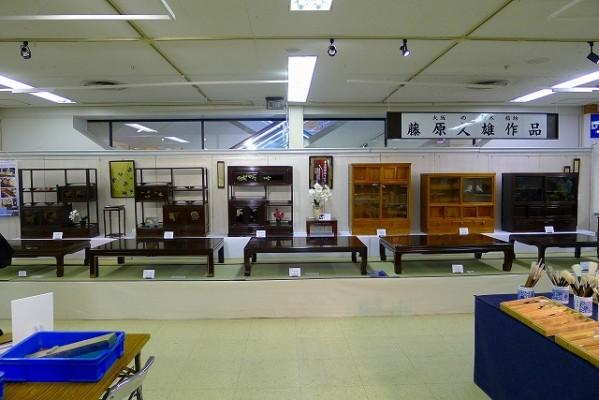 大阪唐木の藤原様の展示スペース