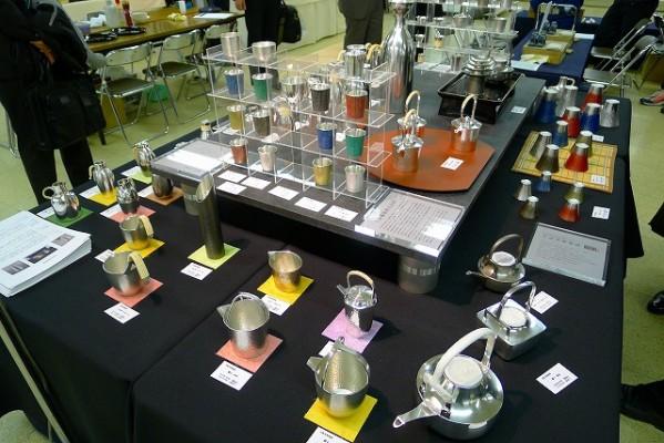 大阪錫器様の展示スペース