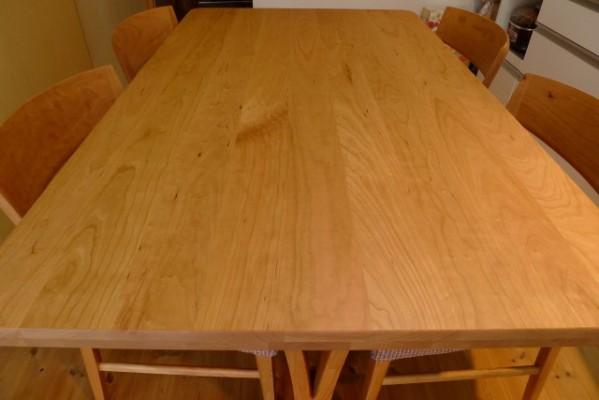 カリモク家具ダイニングテーブルは、DU5315L000とダイニングチェアーCT5355L462