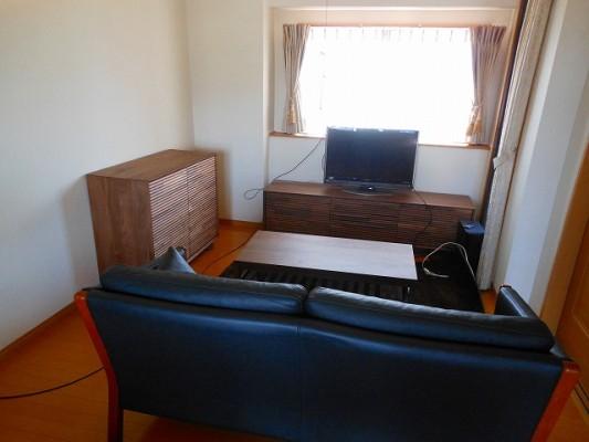 カリモク家具のQT6037XR-A QT3535R000 TU3605XR ウォールナット家具です。