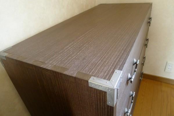 大阪泉州桐箪笥の焼桐柾目時代箪笥 天板組手写真
