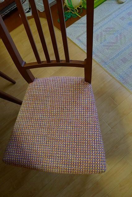 カリモク家具のダイニングチェアーCD1605J462