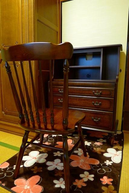 ライテング(QC3401NK)、椅子(AT1602NK)