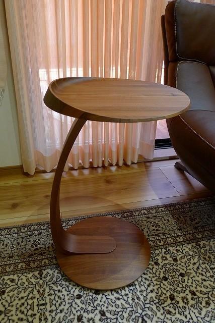 カリモクサイドテーブル(TU0107R000)