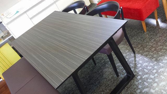 テーブル7(DA5080ZW),チェアー(CA3700LW),ベンチ(CT0246)