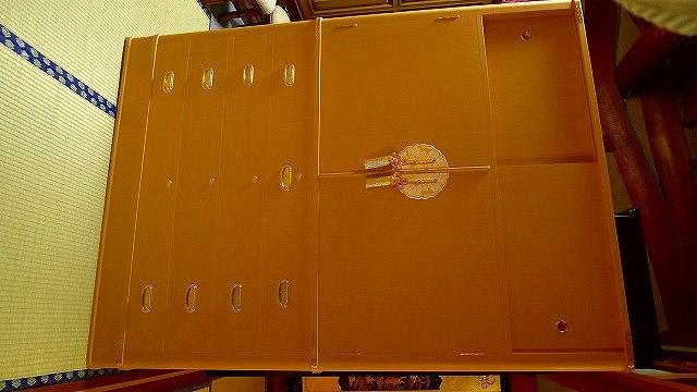 和泉市のT様に大阪泉州桐箪笥胴丸型衣装箪笥をお届けいたしました。