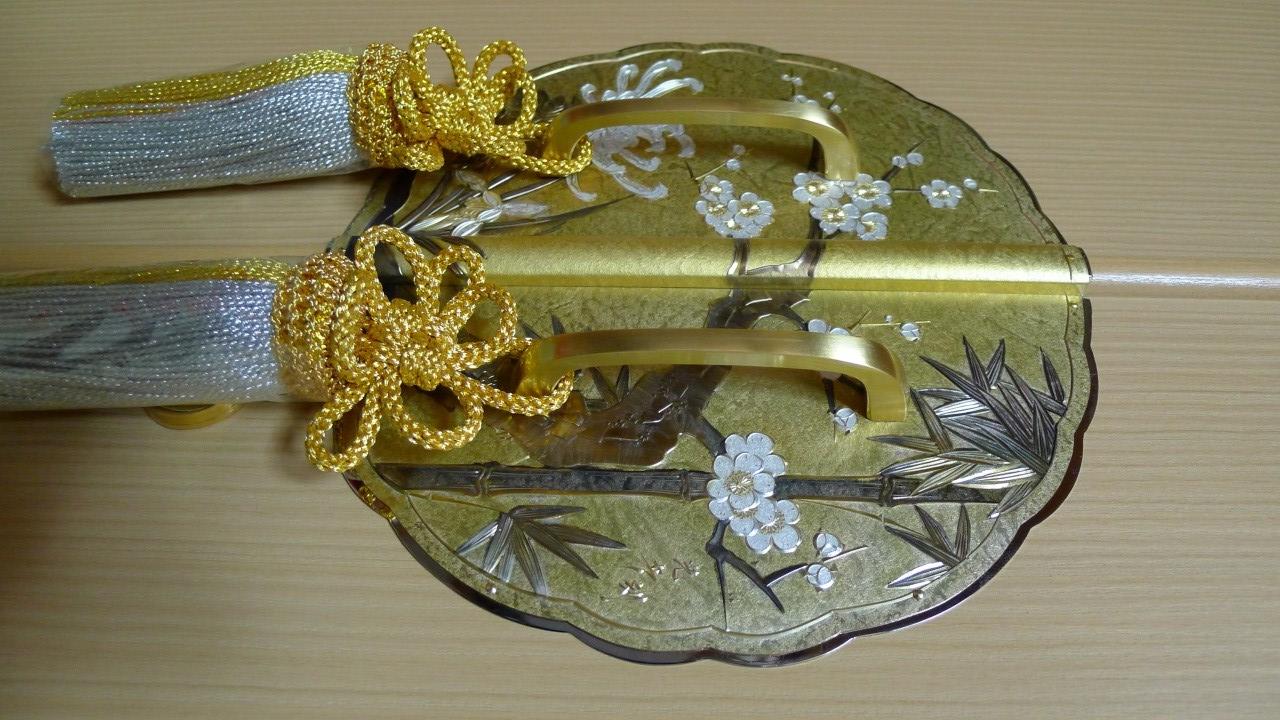 大阪泉州桐箪笥の胴丸和紙金具衣装箪笥の前飾り金具