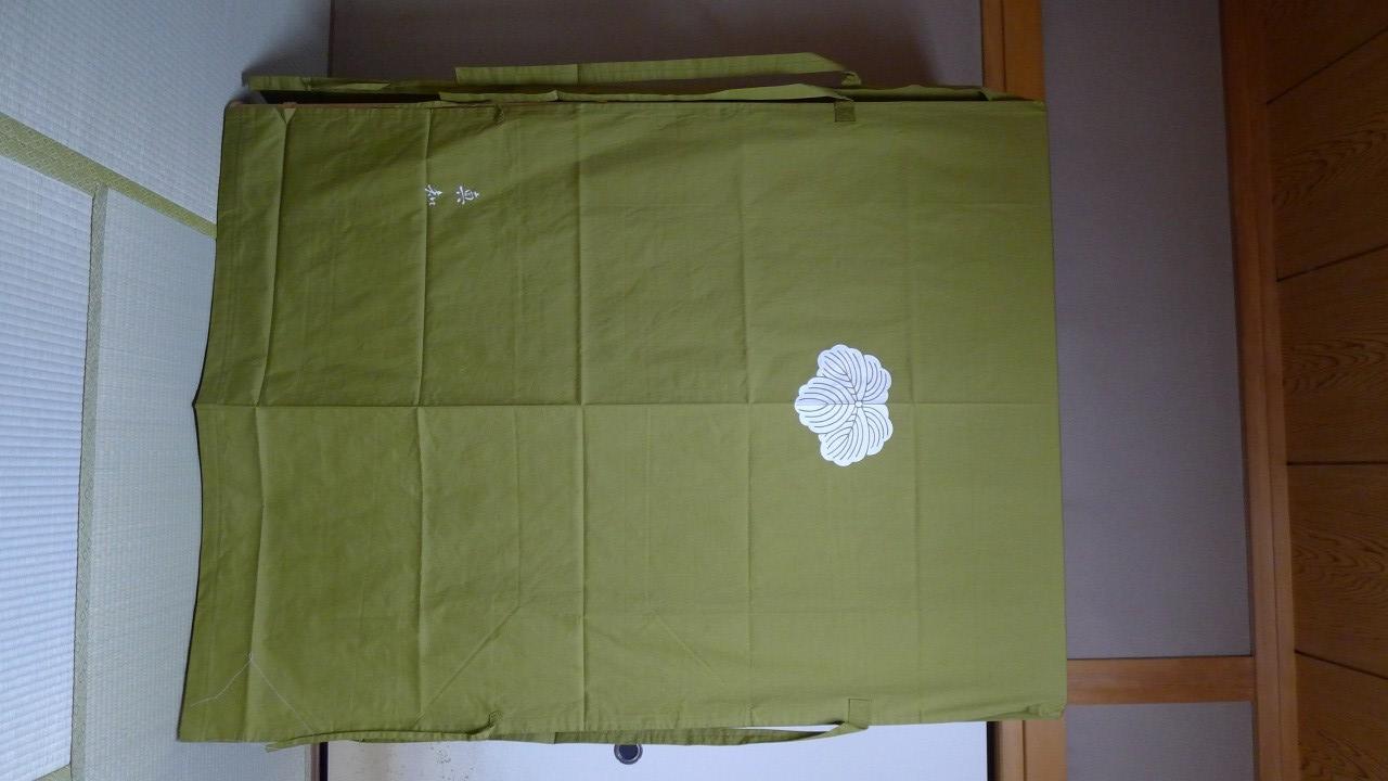 大阪泉州桐箪笥の胴丸和紙金具衣装箪笥と油単