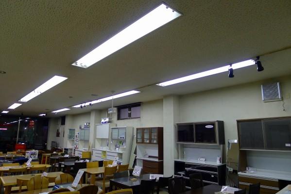 初音の大阪泉州桐箪笥の1Fショールームが綺麗になりました。