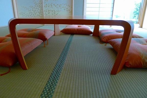 天童木工座卓 S-0228KY-STの側面写真