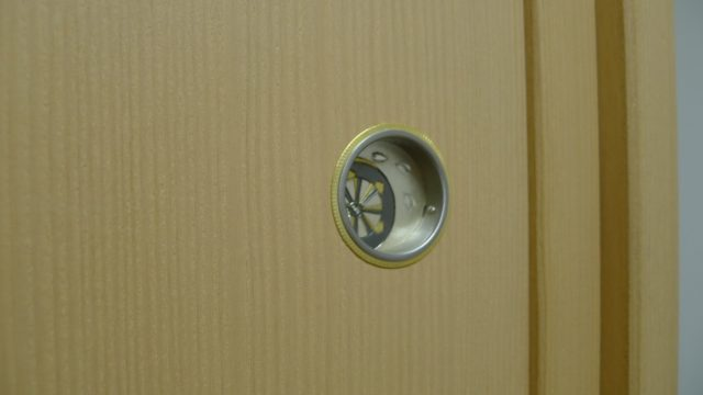 大阪泉州桐箪笥 胴丸型総桐箪笥戸引き手金具