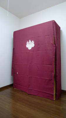 大阪泉州桐箪笥 胴丸型総桐箪笥と油単2
