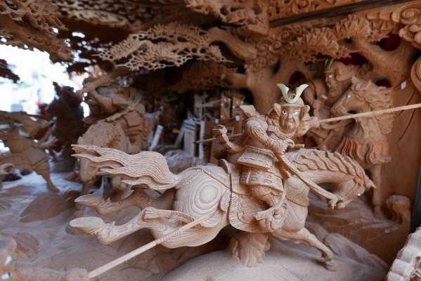 春木旭町だんじりの見送りの彫り物 2