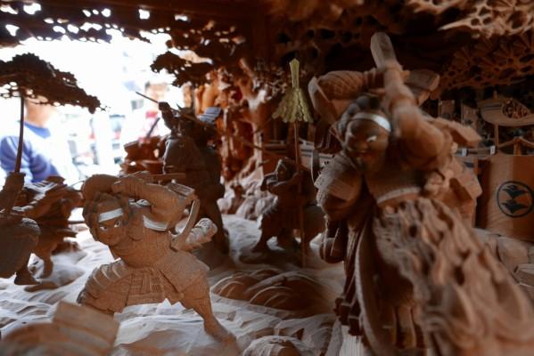 春木旭町だんじりの見送りの彫り物