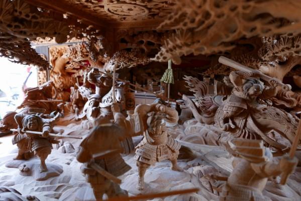 春木旭町だんじりの見送りし賤ヶ岳の彫り物3