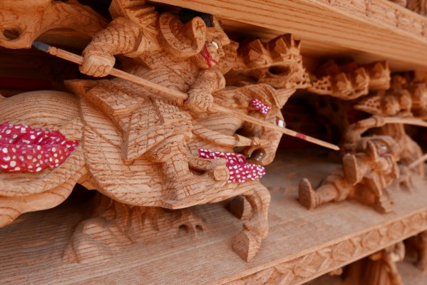 春木旭町だんじりの土呂幕の彫り物 2