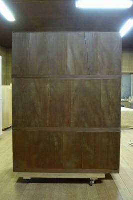 洗い依頼の桐の四尺箪笥の裏板